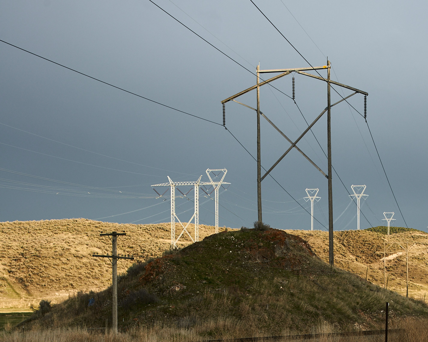 20120405_Powerlines_Idaho_017